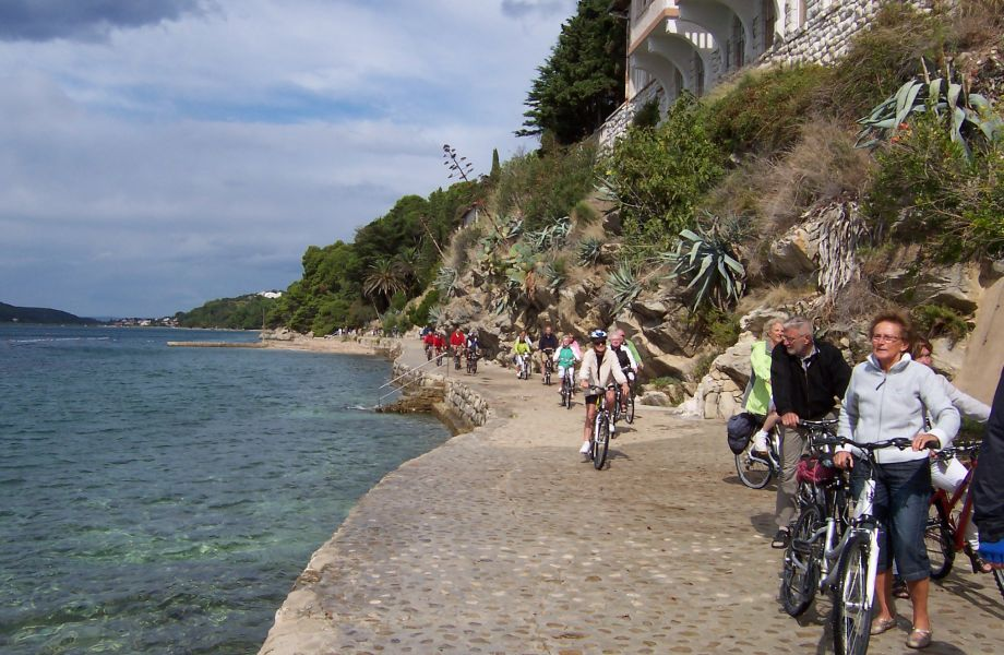 Biking by the Adriatic Sea in Croatia with Maestral Travel Agency