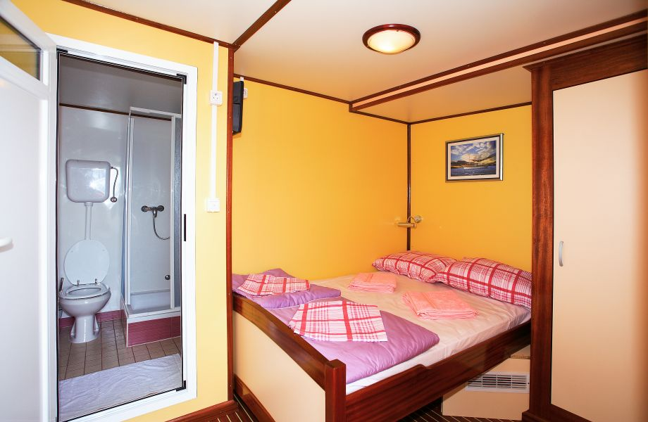 Double cabin on Eos Oldtimer with Maestral Travel Agency