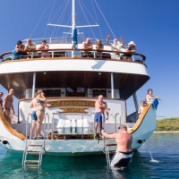 Dalmatia oldtimer with Maestral Travel Agency