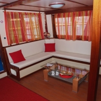 Inside of Dalmatia oldtimer with Maestral Travel Agency
