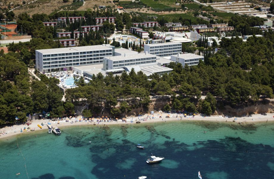 Panorama of Bluesun Hotel Elaphusa in Bol. Brač with Maestral Travel Agency