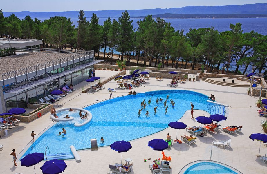 Pool of Bluesun Hotel Elaphusa in Bol, Brač with Maestral Travel Agency