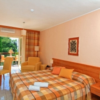 Standard room sea side in Villa Vela Luka with Maestral Travel Agency